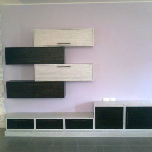 Parete con pensili da 120 black e white in crash bamboo